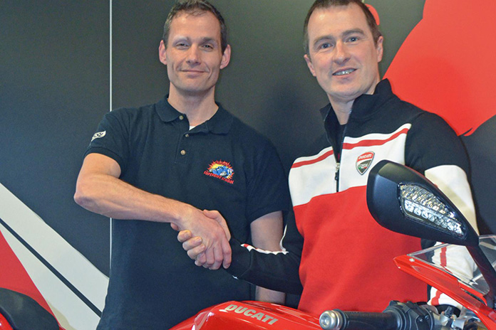 Ducati Uk Join Forces With The California Superbike School For 2014