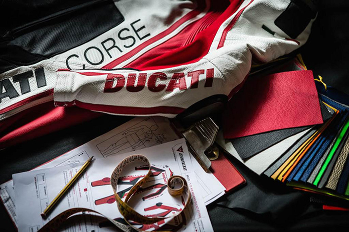 Ducatisumisura, The New Ducati Website For Personalised Motorcycle Suit