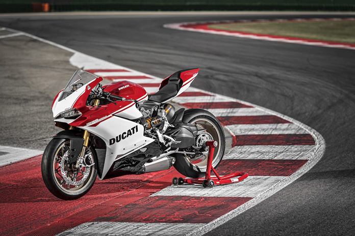 Preview Of The 1299 Panigale S Anniversario At Wdw2016